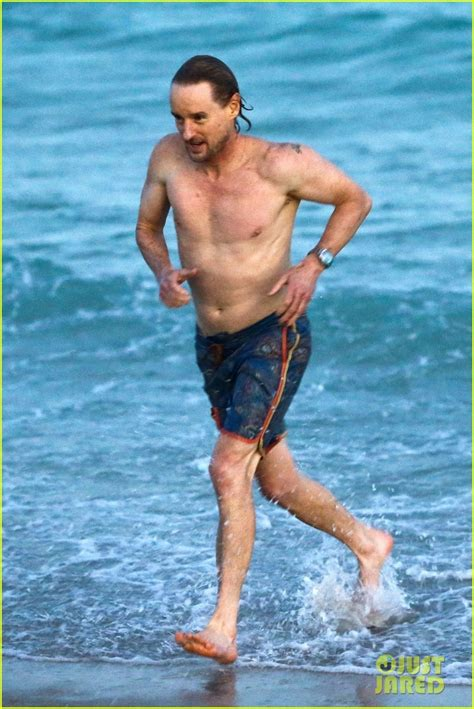 Owen Wilson Goes Shirtless on the Beach in Miami!: Photo