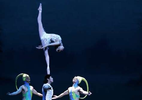 Dancing on Heads: The Chinese Acrobatic Ballet Performs