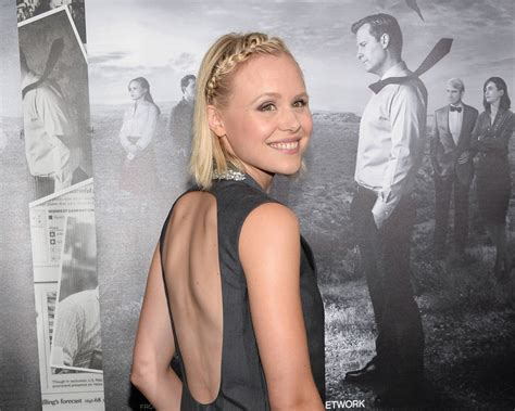 2 HD Alison Pill Wallpapers