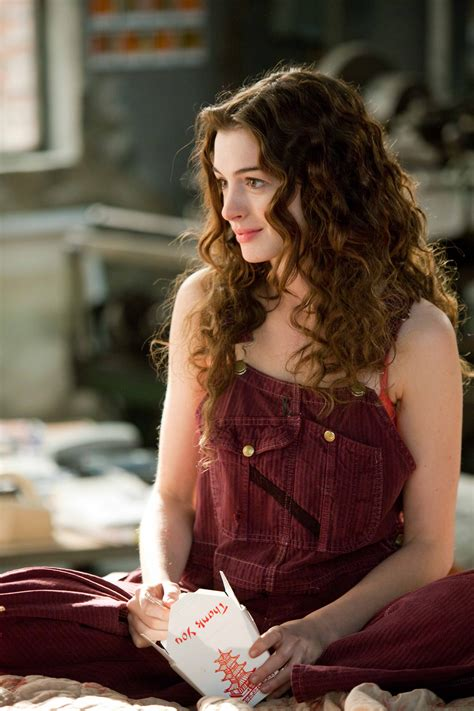 Picture of Anne Hathaway in Love and Other Drugs - anne