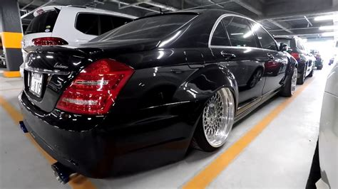 Modified Mercedes Benz S500 at Japanese (JDM) Car Auction