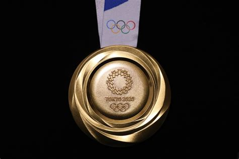 Tokyo 2020 medals will be made with recycled smartphones
